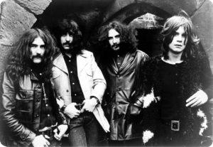 Black Sabbathin Paranoid täyttää 50 vuotta – juhlan kunniaksi julkaistaan massiivinen vinyyliboksi